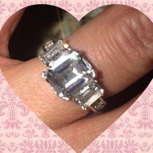Jewelry - Women's Sz 7 Sterling Silver Wedding/Eng. Ring💖⚜️
